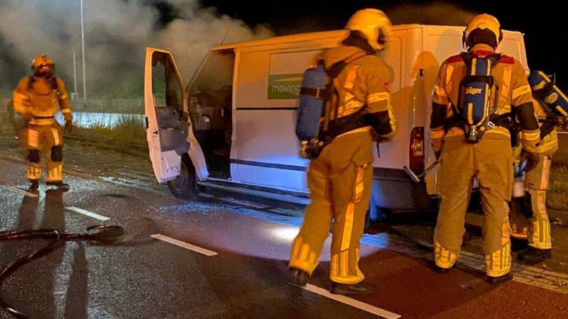Schade aan werkbus door brandstichting